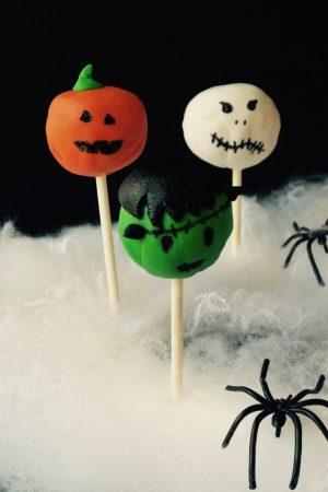 Frankeinstein en cake pop pour Halloween