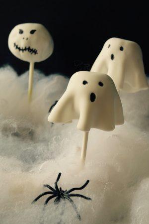 Cake pops Fantômes pour Halloween